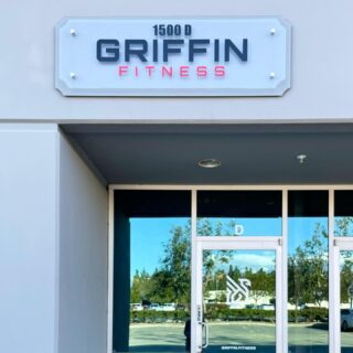 We got some big news! We moved into our own HQ 🎉  We are so excited to build out our showroom and continue growing #WeAreGriffin! Thank you all for your support!